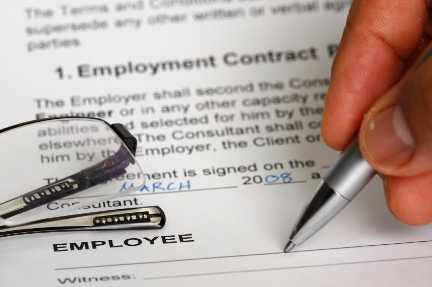What Are The Most Important Employment Contract Requirements?