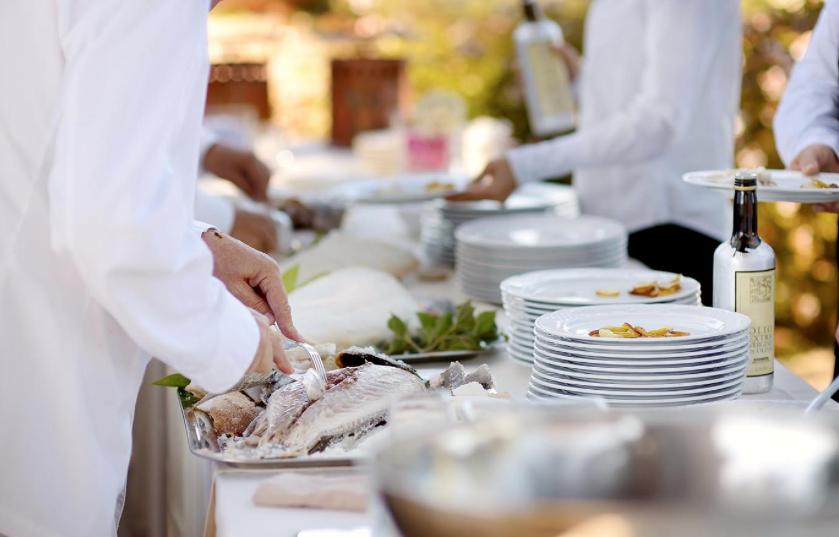 Hospitality sector – desperate scramble to fill vacancies
